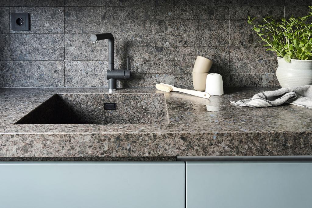 Lundhs Antique Norwegian stone kitchen sink