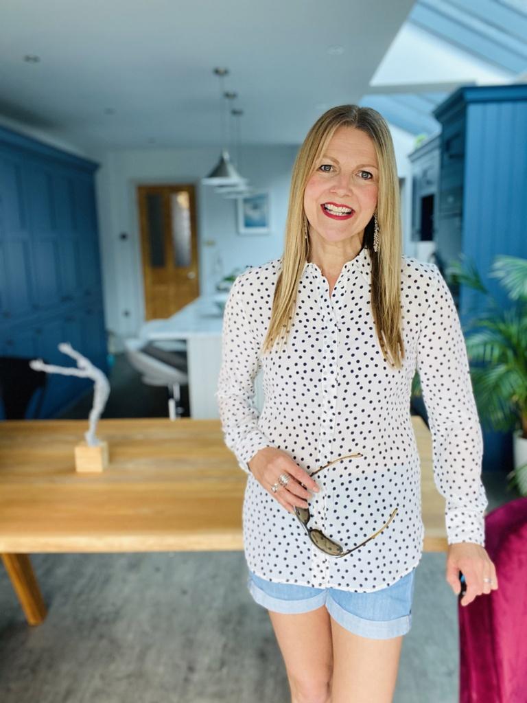 Sarah in shorts on sunscreen blog