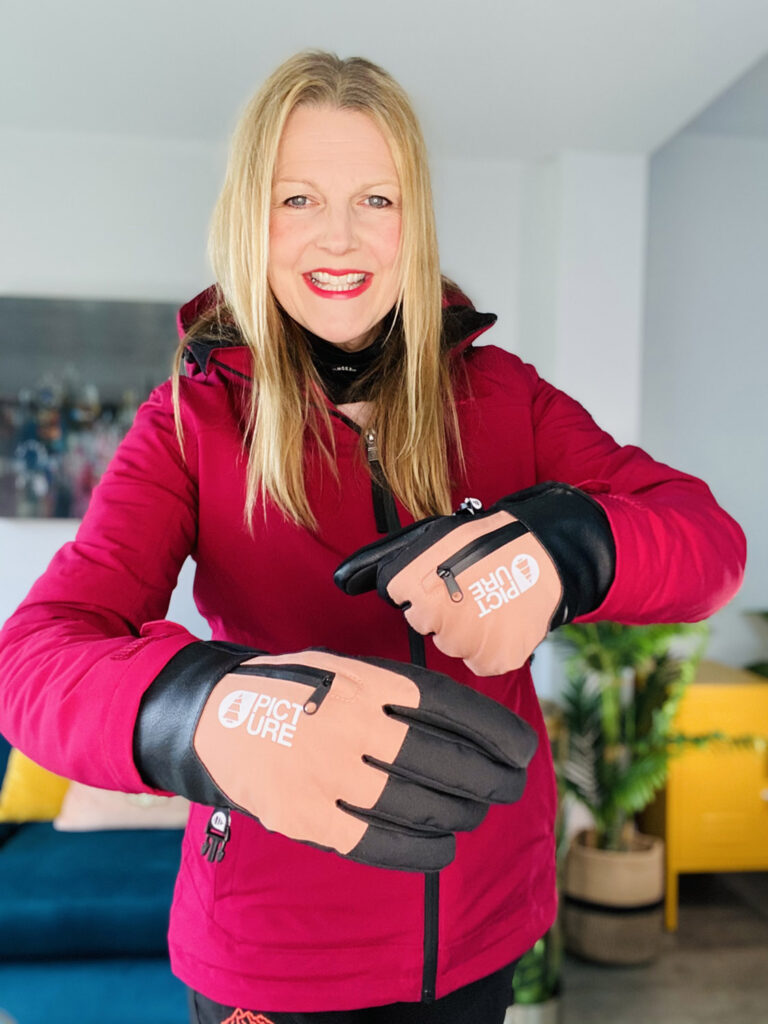 Picture Organic skiing gloves